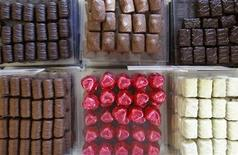 <p>Pralines are displayed in a counter at a Leonidas chocolate boutique in Brussels September 28, 2011. REUTERS/Yves Herman</p>