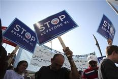 <p>A group of demonstrators rally against the controversial Keystone XL oil pipeline outside President Barack Obama's fundraiser at the W Hotel in San Francisco, California October 25, 2011. REUTERS/Stephen Lam</p>