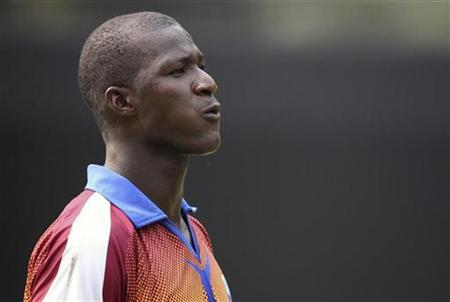 West Indies captain Darren Sammy attends a practice session ahead of their first test cricket match against India in New Delhi November 4, 2011. REUTERS/Stringer