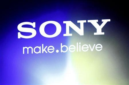 A Sony logo is seen at an unveiling of the company's head mounted display ''Personnal 3D Viewer HMZ-T1'', in Tokyo August 31, 2011. REUTERS/Issei Kato (JAPAN - Tags: SCIENCE TECHNOLOGY BUSINESS LOGO)