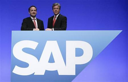 CEOs of German software group SAP Bill McDermott (R) and Jim Hagemann Snabe pose prior to the company's general shareholder assembly in Mannheim, May 25, 2011. REUTERS/Alex Domanski