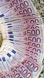<p>L'Unedic, gestionnaire de l'assurance chômage, prévoit un déficit de 4,3 milliards d'euros en 2012 après 1,6 milliard l'an dernier, ce qui porterait son endettement à 15,4 milliards. /Photo d'archives/REUTERS/Andrea Comas</p>