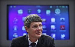 <p>Research in Motion CEO Thorsten Heins is pictured during an interview with Thomson Reuters in New York, January 27, 2012. REUTERS/Eduardo Munoz</p>