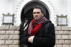 """<p>Ludovic-Mohamed Zahed, à l'origine du projet de la première mosquée ultra progressiste d'Europe qui verra le jour près de Paris, un espace à la fois """"gay-friendly"""" et féministe où seront accueillis homosexuels, transgenres et transsexuels. /Photo prise le 23 novembre 2012/REUTERS/Charles Platiau</p>"""