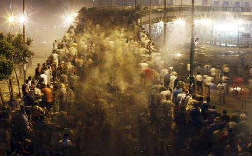 Clashes return to Cairo