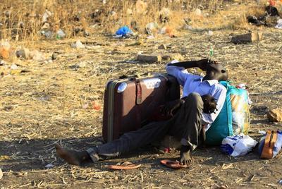 Fleeing South Sudanese war zones