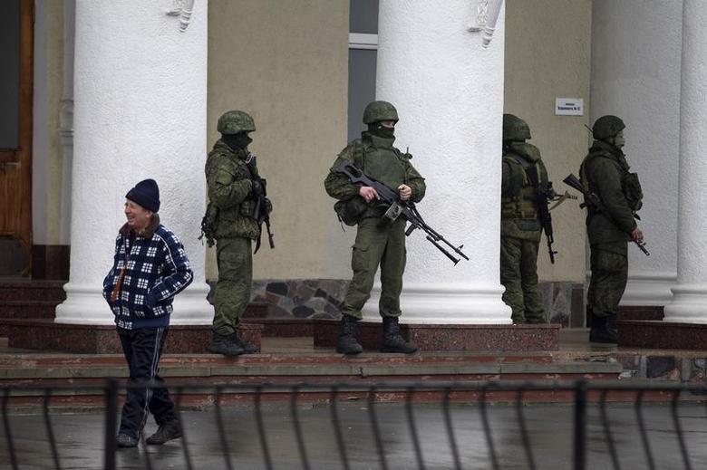 Crimea divided   Reuters com