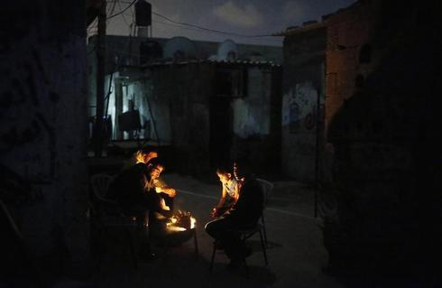 Gaza by night