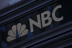 Le Comité international olympique et NBC Universal, filiale de Comcast, ont signé un accord d'un montant de 7,65 milliards de dollars (5,5 milliards d'euros) pour retransmettre les Jeux olympiques aux Etats-Unis jusqu'en 2032. /Photo d'archives/REUTERS/Eric Thayer