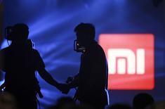 Le logo de Xiaomi, le fabricant de smartphones chinois, qui a confirmé le lancement prochain de sa première tablette. /Photo prise  le 15 mai 2014/REUTERS/China Daily