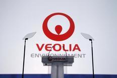 Veolia Environnement vise une partie du marché allemand du démantèlement de centrales nucléaires et a engagé dans ce but des discussions avec des partenaires potentiels. Neuf réacteurs nucléaires allemands sont encore en activité et doivent être fermés d'ici 2022. Huit autres ont été mis à l'arrêt depuis la catastrophe de Fukushima, au Japon, en mars 2011.  /Photo d'archives/REUTERS/Benoît Tessier