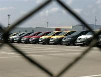 Les ventes de voitures neuves ont augmenté en mai de 16,9%, enregistrant ainsi une neuvième hausse mensuelle consécutive, selon l'association professionnelle Anfac. /Photo d'archives/REUTERS/Gustau Nacarino