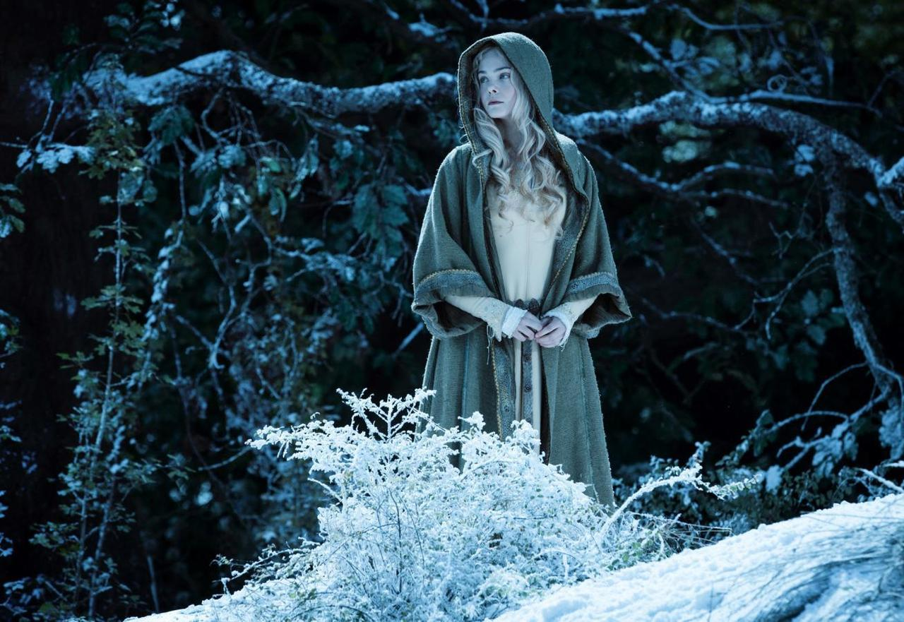 A Minute With Elle Fanning On The Spell Of Maleficent