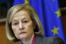 """Les banques européennes se portent mieux que ne le pensent les marchés, estime Danièle Nouy, la présidente du Mécanisme de supervision unique (MSU), qui assurera à partir de novembre la supervision de l'ensemble du secteur bancaire européen. Le MSU procède actuellement à une """"revue de la qualité des actifs"""" (AQR) des établissements financiers. /Photo prise le 27 novembre 2013/REUTERS/Yves Herman"""
