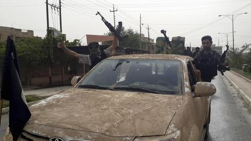 Hundreds killed in Islamist militant advance in Iraq: U.N.