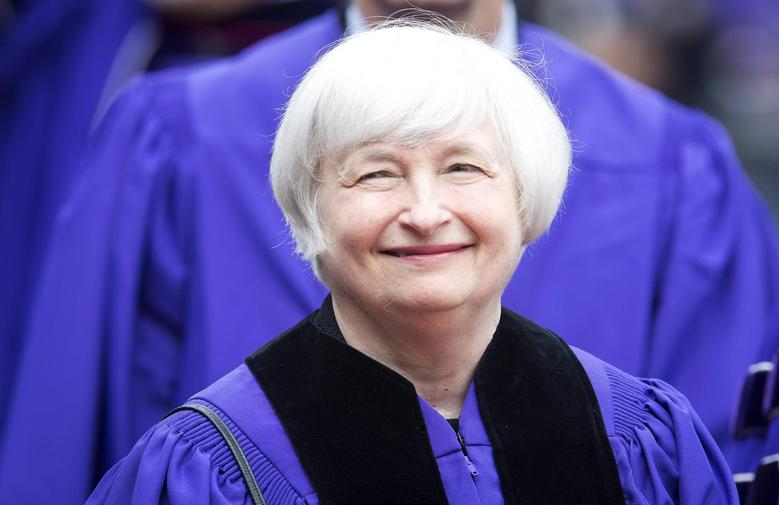 Federal Reserve Chair Janet Yellen arrives to receive her honorary doctorate degree from New York University (NYU) at Yankee Stadium in the Bronx borough of New York May 21, 2014.  REUTERS/Carlo Allegri