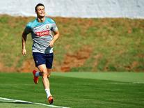 Jogador português Cristiano Ronaldo corre durante treinamento em Campinas. 19/06/2014.  REUTERS/Mauro Horita