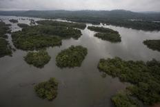 Visão de parte do Rio Xingu, que será a fonte hídrica para geração de energia pela usina Belo Monte, que será a terceira maior do mundo. Foto de arquivo de novembro de 2013. REUTERS/Paulo Santos