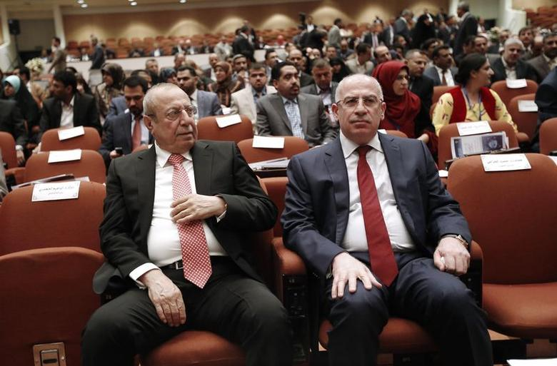 Osama al-Nujaifi (R), speaker of the Iraqi Council of Representatives, and Iraq's Deputy Prime Minister Rose Nuri Shaways sit as they attend a session at the parliament headquarters in Baghdad July 1, 2014. REUTERS/Thaier Al-Sudani