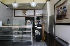 A closed Crumbs Bake Shop store is seen in New York July 8, 2014.  REUTERS/Shannon Stapleton
