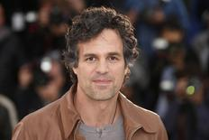 """Cast member Mark Ruffalo poses during a photocall for the film """"Foxcatcher"""" in competition at the 67th Cannes Film Festival in Cannes, in this May 19, 2014 file photo.  REUTERS/Benoit Tessier/Files"""