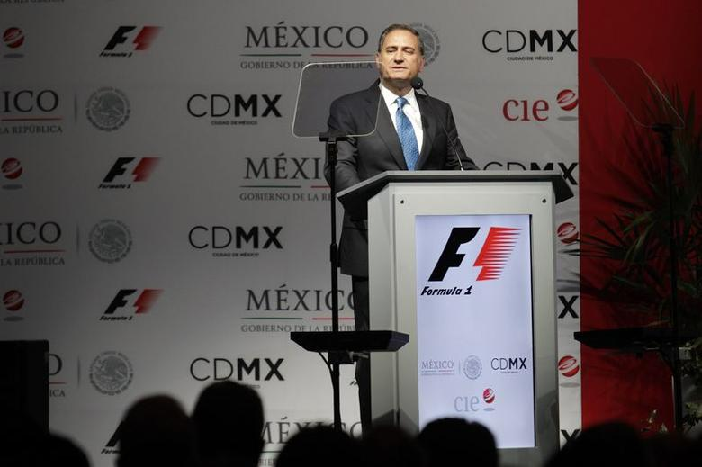 Alejandro Soberon Kuri of live events company CIE delivers a speech during a news conference to announce a Formula One race in Mexico City July 23, 2014. REUTERS/Daniel Becerril