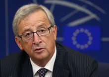 Jean-Claude Juncker, futur président de la Commission européenne, a laissé entendre lundi que l'idée de voir les pays de la zone euro effacer la dette de la Grèce n'était pas au centre de ses réflexions. /Photo prise le 15 juillet 2014/REUTERS/Vincent Kessler