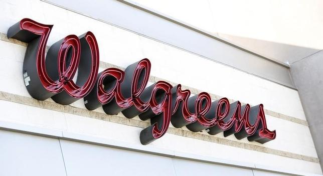 The sign of a Walgreens store is pictured in Pasadena, California December 20, 2013. REUTERS/Mario Anzuoni