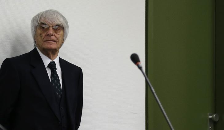 Formula One Chief Executive Bernie Ecclestone arrives for the continuation of his trial at the regional court in Munich July 29, 2014.   REUTERS/Matthias Schrader/Pool