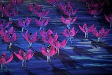 Performers dance during the closing ceremony of the 2014 Nanjing Youth Olympic Games in Nanjing, Jiangsu province August 28, 2014. REUTERS/Aly Song