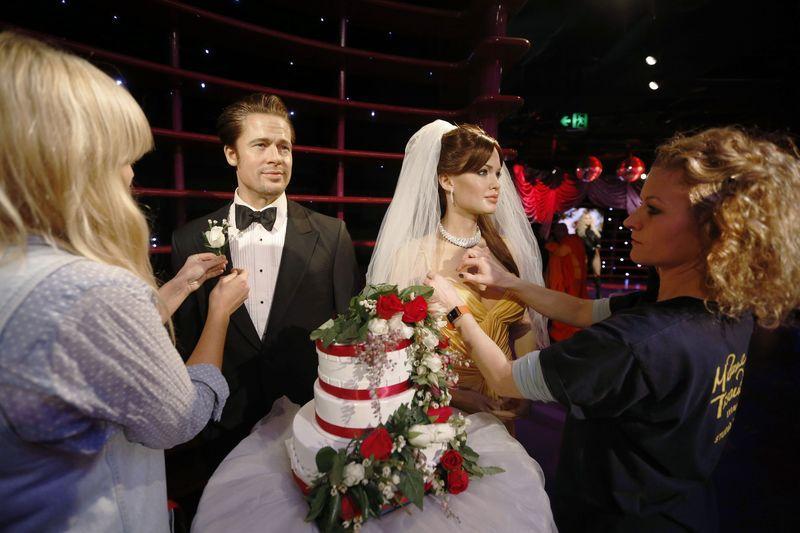 Angelina And Brad Wedding Cake