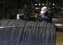 La croissance de l'activité du secteur manufacturier aux Etats-Unis a été en août la plus forte en trois ans et demi, selon les résultats de l'enquête mensuelle de l'Institute for Supply Management (ISM). /Photo d'archives/REUTERS/Tomas Bravo