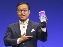 Presidente da Samsung, DJ Lee, apresenta o novo Galaxy Note 4 em Berlim. 3/09/2014.  REUTERS/Hannibal Hanschke