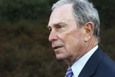 """Former New York City Mayor Michael Bloomberg talks to reporters after meeting with U.S. President Barack Obama and business and civic leaders for an event to discuss Obama's """"My Brother's Keeper"""" initiative at the White House in Washington, February 27, 2014.  REUTERS/Jonathan Ernst"""