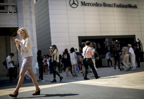 Newest fashions go high tech at New York Fashion Week