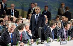 Президент США Барак Обама на заседании НАТО в Уэльсе 5 сентября 2014 года. Лидеры НАТО в пятницу одобрили план повышения обороноспособности альянса на востоке Европы в ответ на кризис на Украине, а также решили помочь Грузии приблизиться к членству в блоке. REUTERS/Alain Jocard/Pool