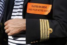 """Le Syndicat national des agents de voyage (Snav), qui dénonce la """"grève de trop"""" à Air France, juge que l'impact du mouvement des pilotes sur la compagnie risque d'être irrécupérable. /Photo prise le 23 septembre 2014/REUTERS/Jacky Naegelen"""