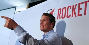"""L'un des trois frères Samwer, Oliver, patron de Rocket Internet. Rocket Internet a annoncé vendredi qu'il avancerait d'une semaine son introduction en Bourse en raison d'une """"demande exceptionnelle"""" exercée sur ses titres, la période de souscription se terminant dorénavant le 1er octobre. /Photo prise le 24 septembre 2014/REUTERS/Ralph Orlowski"""