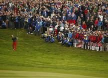 U.S. Ryder Cup player Rickie Fowler watches his shot from the rough on the first hole during the 40th Ryder Cup singles matches at Gleneagles in Scotland September 28, 2014.  REUTERS/Phil Noble