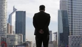 Après un redémarrage tonitruant en début d'année, le marché français des fusions et acquisitions (M&A) confirme au troisième trimestre qu'il est sorti de la léthargie dans laquelle il était plongé depuis la crise financière de 2008-2009. /Photo d'archives/REUTERS/Christian Hartmann