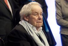Escritor alemão Siegfried Lenz na comemoração de seus 85 anos, em 2011. 20/03/2011 REUTERS/Morris Mac Matzen/Arquivo