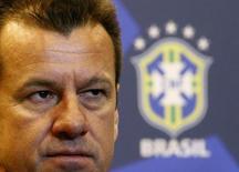Técnico da seleção brasileira, Dunga, durante coletiva de imprensa no Rio de Janeiro. 22/08/2014. REUTERS/Ricardo Moraes
