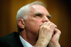 U.S. Federal Reserve Board member Daniel Tarullo listens to questions from senators during his testimony about Wall Street reform before a Senate Banking Committee hearing on Capitol Hill in Washington September 9, 2014. REUTERS/Jonathan Ernst