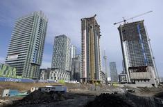A view shows condominiums being constructed in Toronto, in this March 11, 2014, file photo.    REUTERS/Aaron Harris/Files