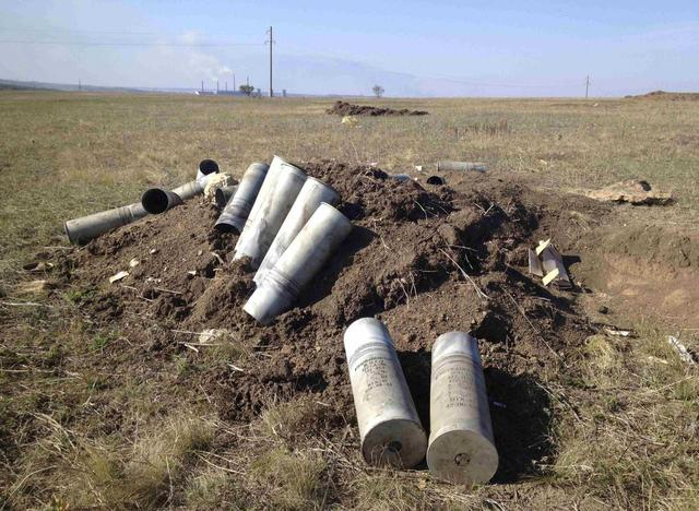 Exclusive: Charred tanks in Ukraine point to Russian