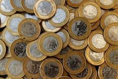 O governo federal arrecadou 90,722 bilhões de reais em impostos e contribuições em setembro, informou a Receita Federal nesta quarta-feira, com alta real de 0,92 por cento sobre igual mês do ano passado. 15/10/2010 REUTERS/Bruno Domingos