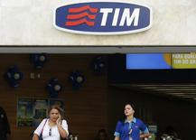 Fachada de uma loja da companhia telefônica Tim, no centro do Rio de Janeiro.  20/08/2014. REUTERS/Pilar Olivares