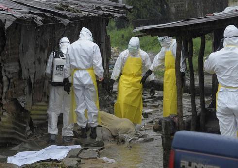 Ebola death toll rises to 4,950 - WHO