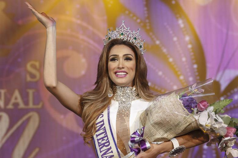 Venezuelan crowned transgender beauty queen in Thai contest | Reuters.com