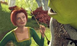 """Les discussions de fusion entre Hasbro et Dreamworks Animation, créateur des films """"Shrek"""" (photo) et """"Madagascar"""", se sont terminées lundi, après que le conseil d'administration du fabricant de jouets a renoncé à racheter le studio d'animation, selon une personne proche du dossier. /Photo d'archives/DreamWorks Pictures"""